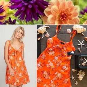 🌴🌼VOLCOM- TRY THE KNOT DRESS🌼🌴